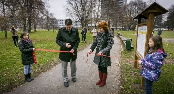 Otvorenie ihrisko v Parku pod Pamatnikom SNP, Banská Bystrica, 19.11.2013