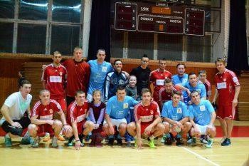 VAV Stefan Cup a Vycaruj detom usmev, Banská Bystrica 26.12.2013
