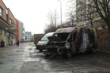 vyhorene auto Slnecna, Banska Bystrica, 9.2.2014