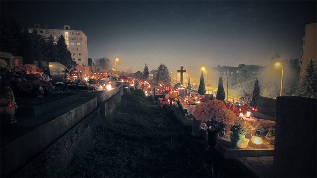 dusicky, cintorin, sviecky, Banská Bystrica 2014 | REGIONAL MEDIA, s.r.o.