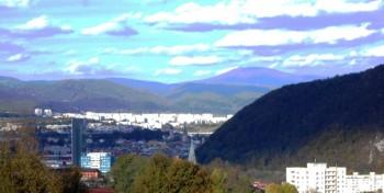 mesto_kom