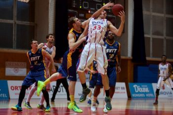 Basketbal - SKP Banska Bystrica - Iskra Svit - 23.12.2014 - Banska Bystrica