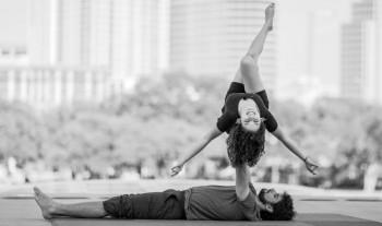 Yoga a Acro_Yoga