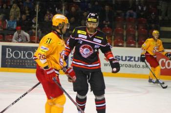 Hokej - HC 05 Banska Bystrica vs. Dukla Trencin - 09.03.2015 - Banska Bystrica