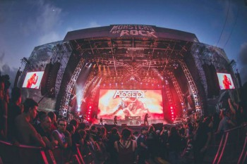 Monsters of Rock Brasil 2015 stage