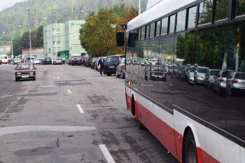 nehoda autobus policia