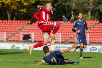 Futbal - DOXXbet liga - FK Dukla Banska Bystrica vs. SK Slovan Bratislava futbal - 24.10.2015 - Banska Bystrica