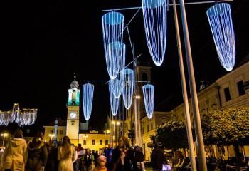 Light expo: light&design Banska Bystrica svetla 2015   BBonline.sk, ZVonline.sk