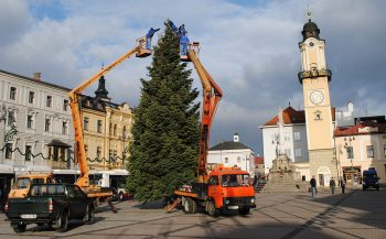 Banskobystrické vianoce, Banská Bystrica, 3.12.2012 osadenie vianocneho stromceka