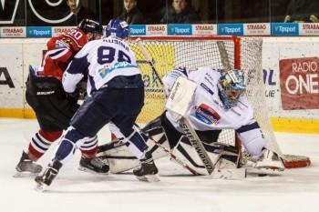 Hokej - HC 05 iClinic Banska Bystrica vs. MHC Martin - 22.12.2015 - Banska Bystrica