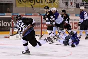 Hokej - EUHL play off - UMB Banska Bystrica vs. Technika Praha - 21.03.2016 - Banska Bystrica