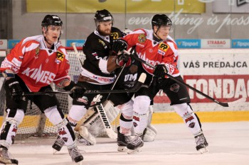 Hokej - EUHL play off - UMB Banska Bystrica vs. Paneuropa Kings - 29.03.2016 - Banska Bystrica
