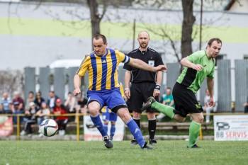Futbal - V. liga skupina C - SK Sasova vs. TJ Lovca - 17.04.2016 - Banska Bystrica