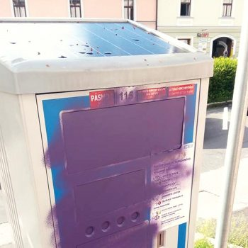 zamalovany automat parkovaci