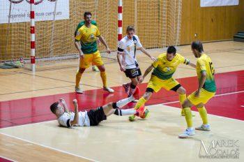 Futsal - 1. Slovenska liga vo futsale - MIBA Banska Bystrica vs. Futsal Team Levice - 07.10.2016 - Banska Bystrica