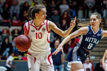 Basketbal - Extraliga ženy - SKP 08 Banska Bystrica vs. BKM Junior UKF Nitra - 05.11.2016 - Banska Bystrica