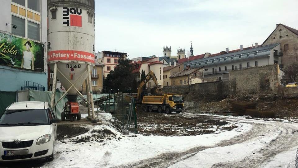 d015b92ca Na mieste bývalého kina Urpín sa začína stavať