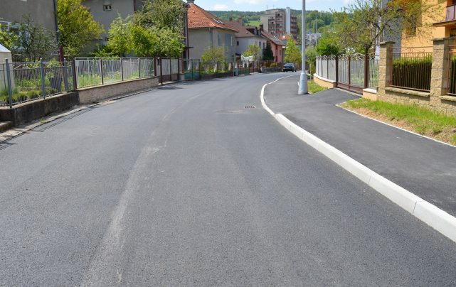 Obnova cesty Pod Turičkou